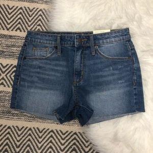 Universal thread jean high rise shortie shorts